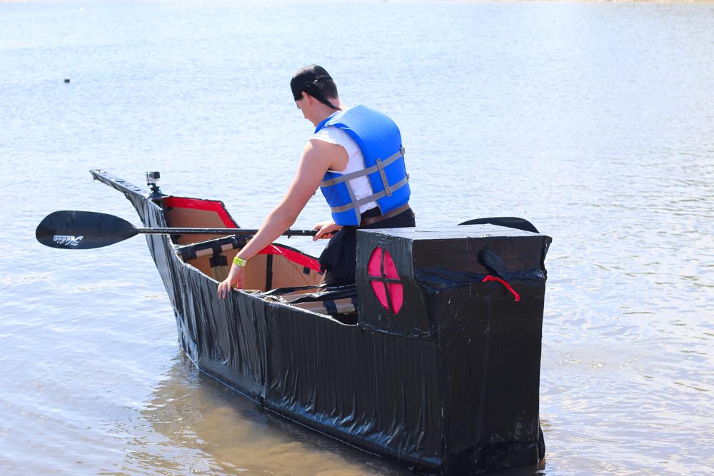 Cardboard_Boat_Race-4
