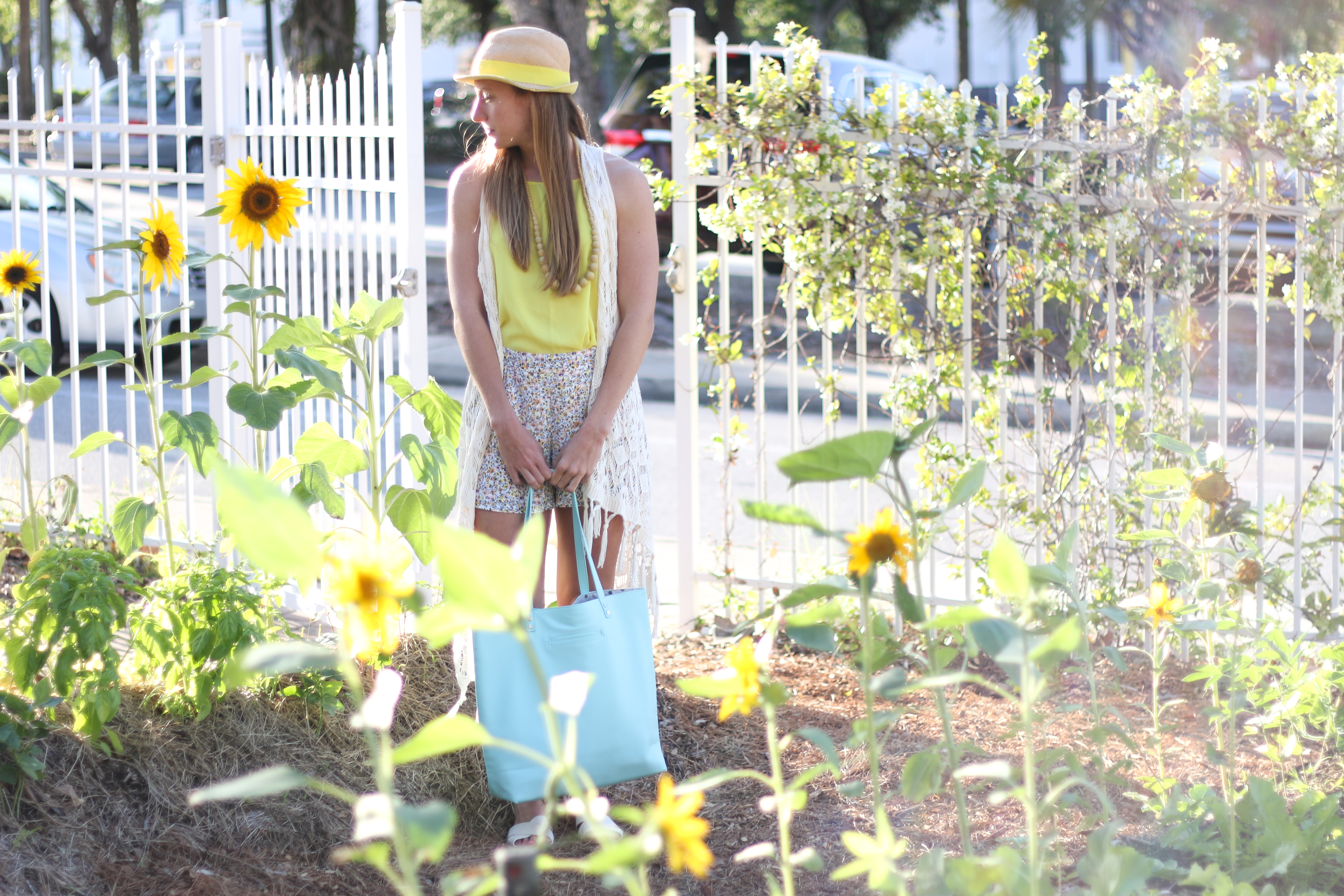 Spring_Floral_Shorts-12