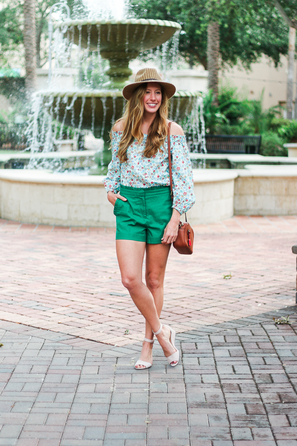 Emerald_Ruffled_Short_Avenues-16