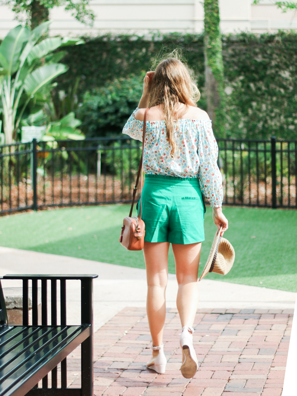 Emerald_Ruffled_Short_Avenues-4