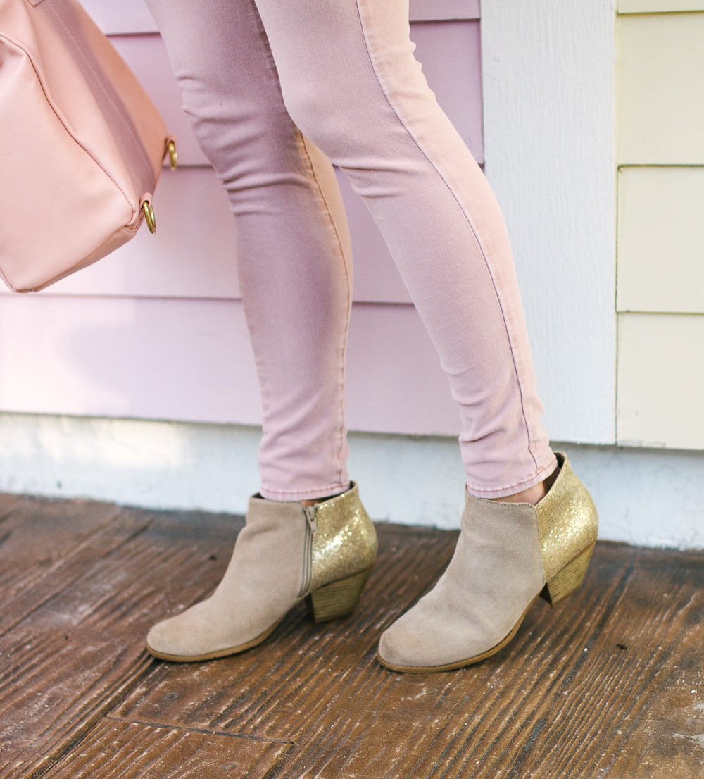 The Ultimate Boot Guide: How to Style and Wear Boots in the Winter + Winter Outfit Ideas