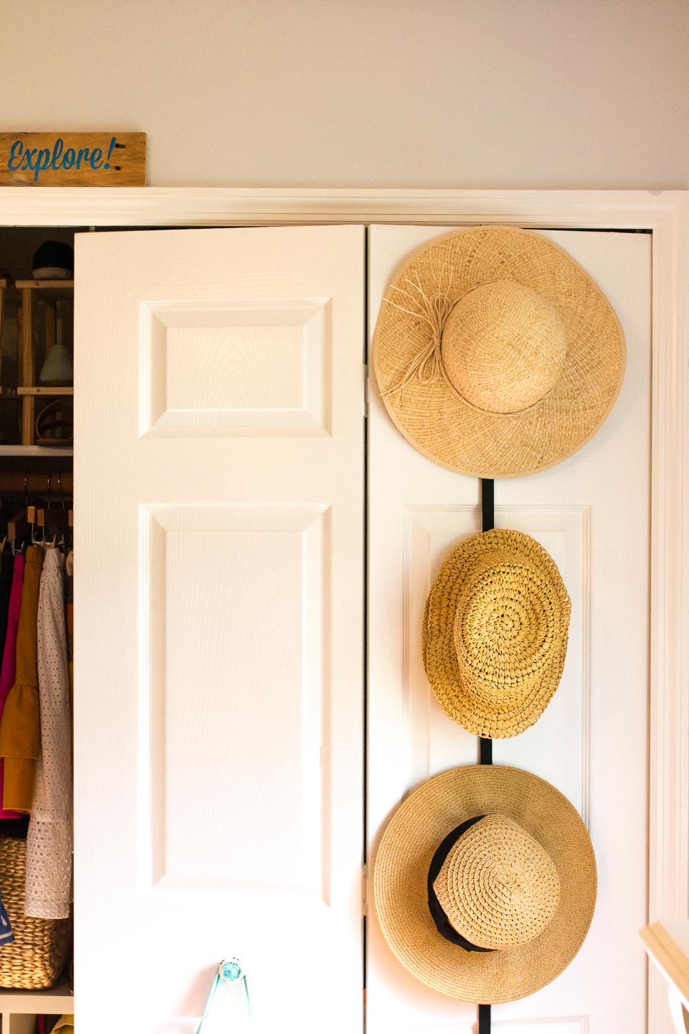 How to Organize hats in a Small Bedroom