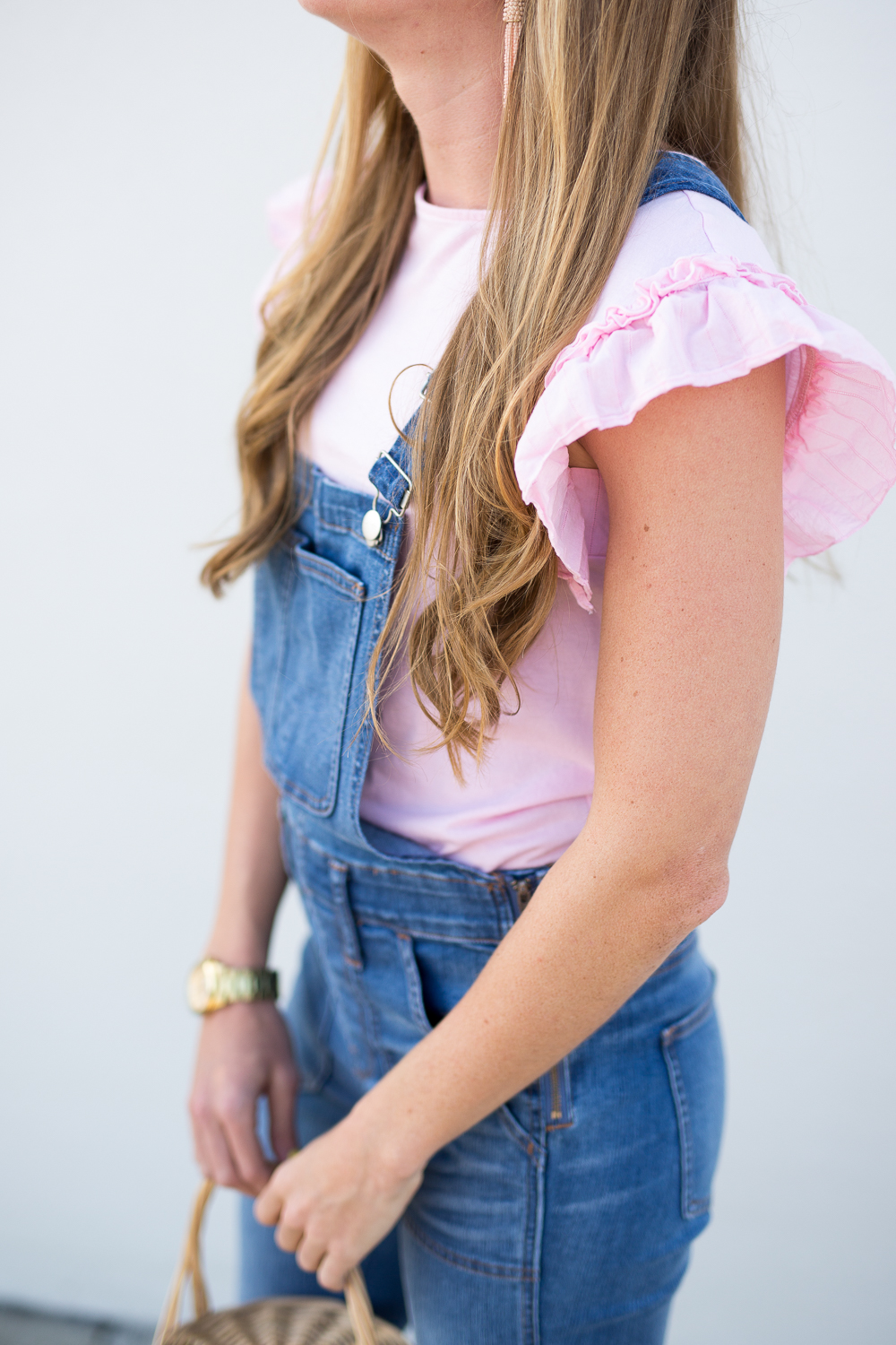 5 Wasy to Style Overalls in the Spring - fashion blogger wearing Madewell overalls