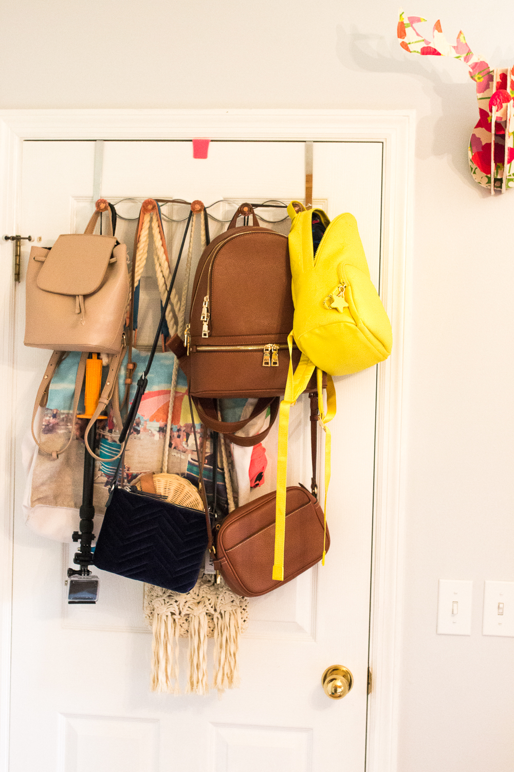 How to Organize Accessories in Small Space