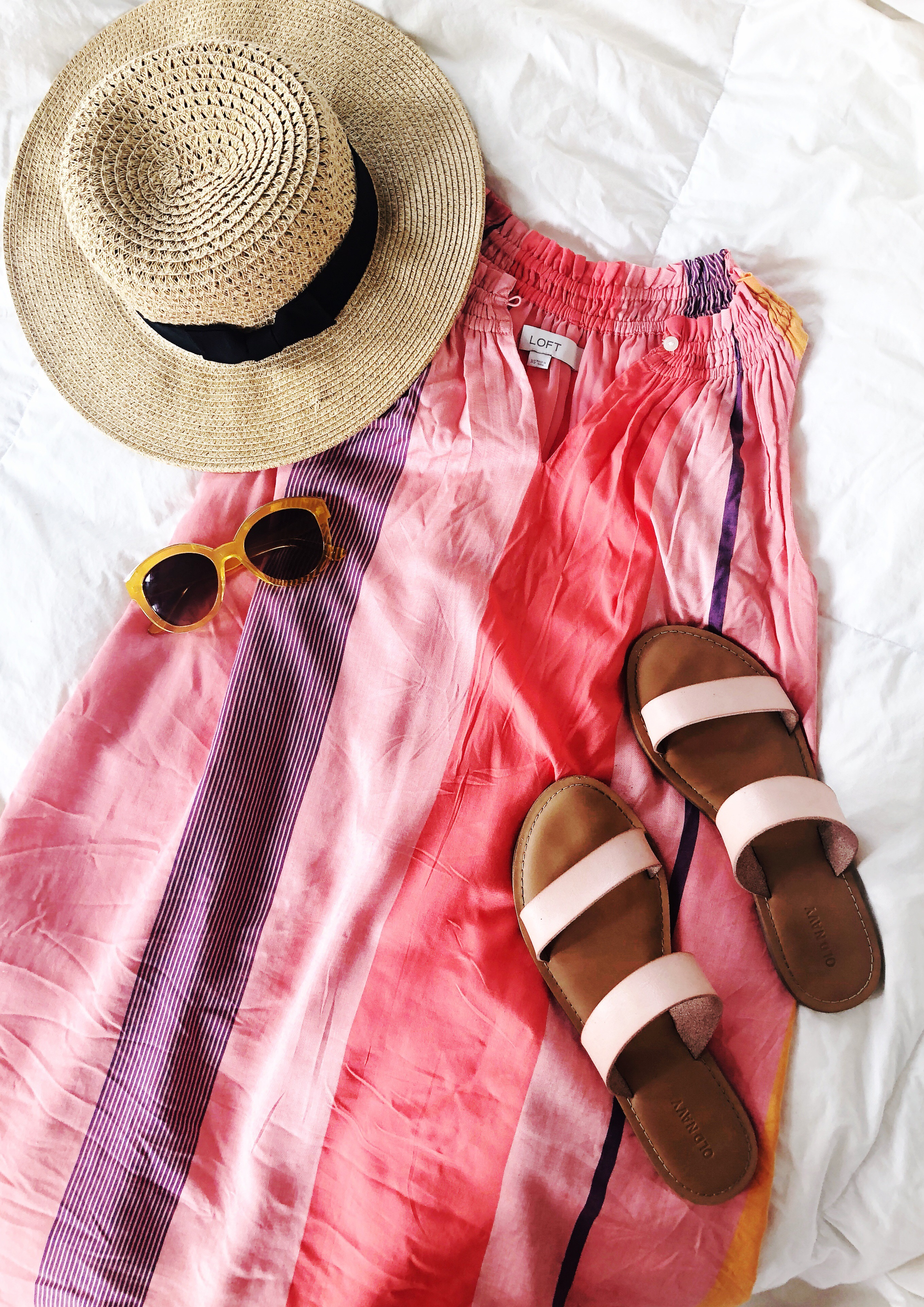 62e48fae14f What to Wear in Oahu, Hawaii: 10 Outfit Ideas - Sunshine Style