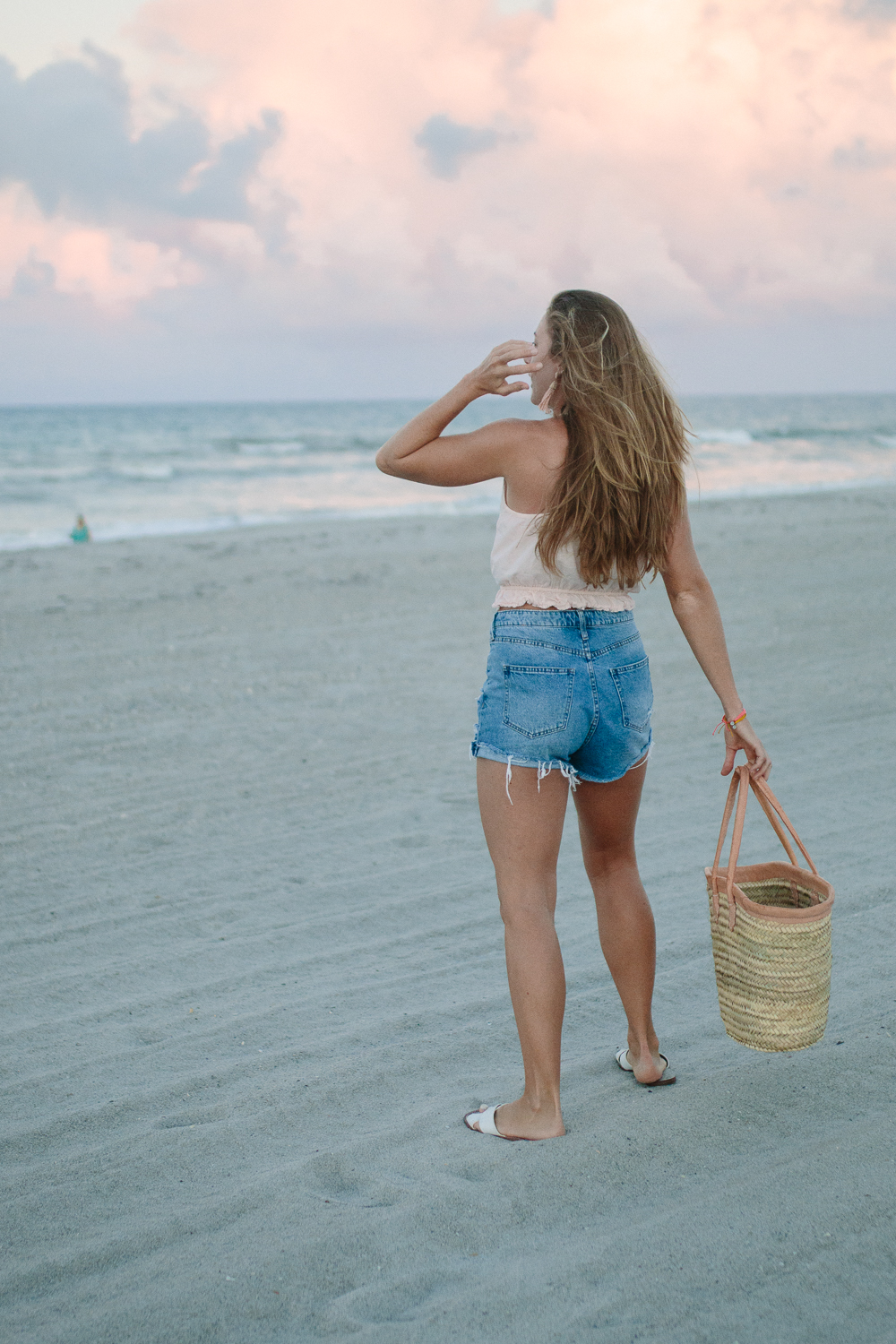 Sunset Beach Frolicking and Wanderlust | Sunshine Style