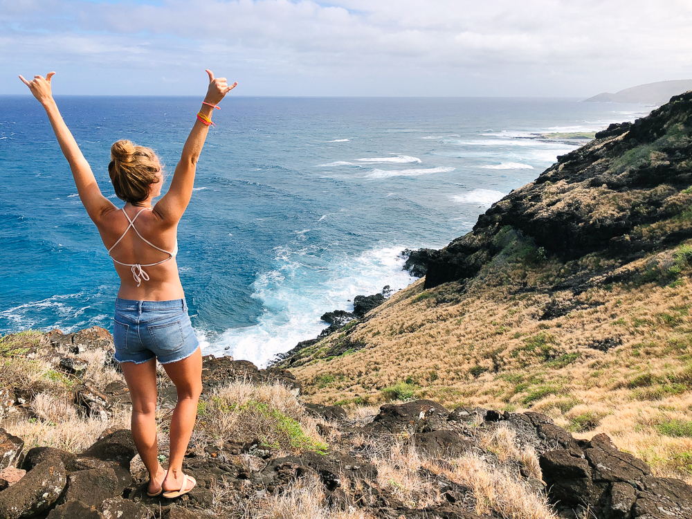 The Ultimate Oahu Travel Guide for the Adventurer - Makapuu Point Lighthouse Trail | Sunshine Style