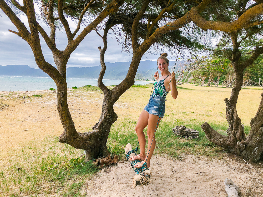 The Ultimate Oahu Travel Guide for the Adventurer - Beach Swing Oahu, Hawaii | Sunshine Style