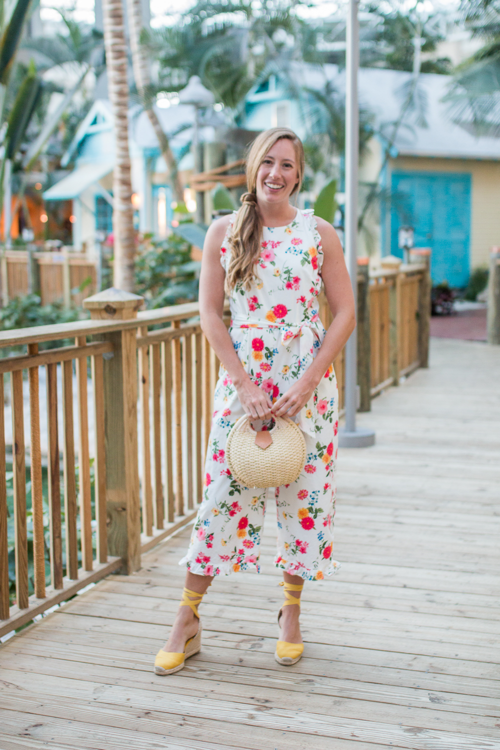Gal Meets Glam Collection Floral Romper / How to Style a Romper- Sunshine Style