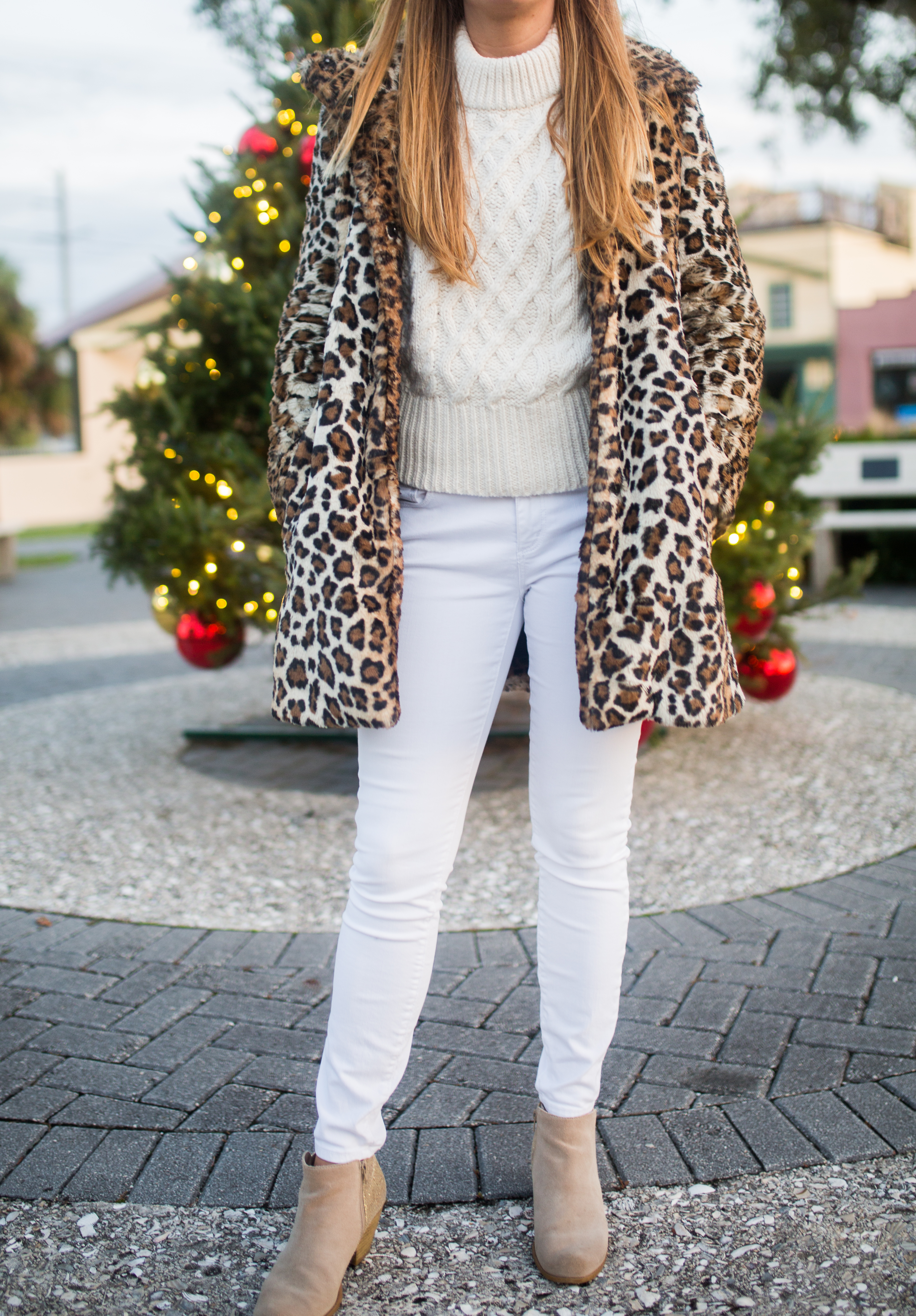 Faux-Fur Coat / How to Style a Leopard Coat / Sustainable Cable Knit Sweater / Ethical Sweater / White Skinny Jeans / Leopard Headband  - Sunshine Style