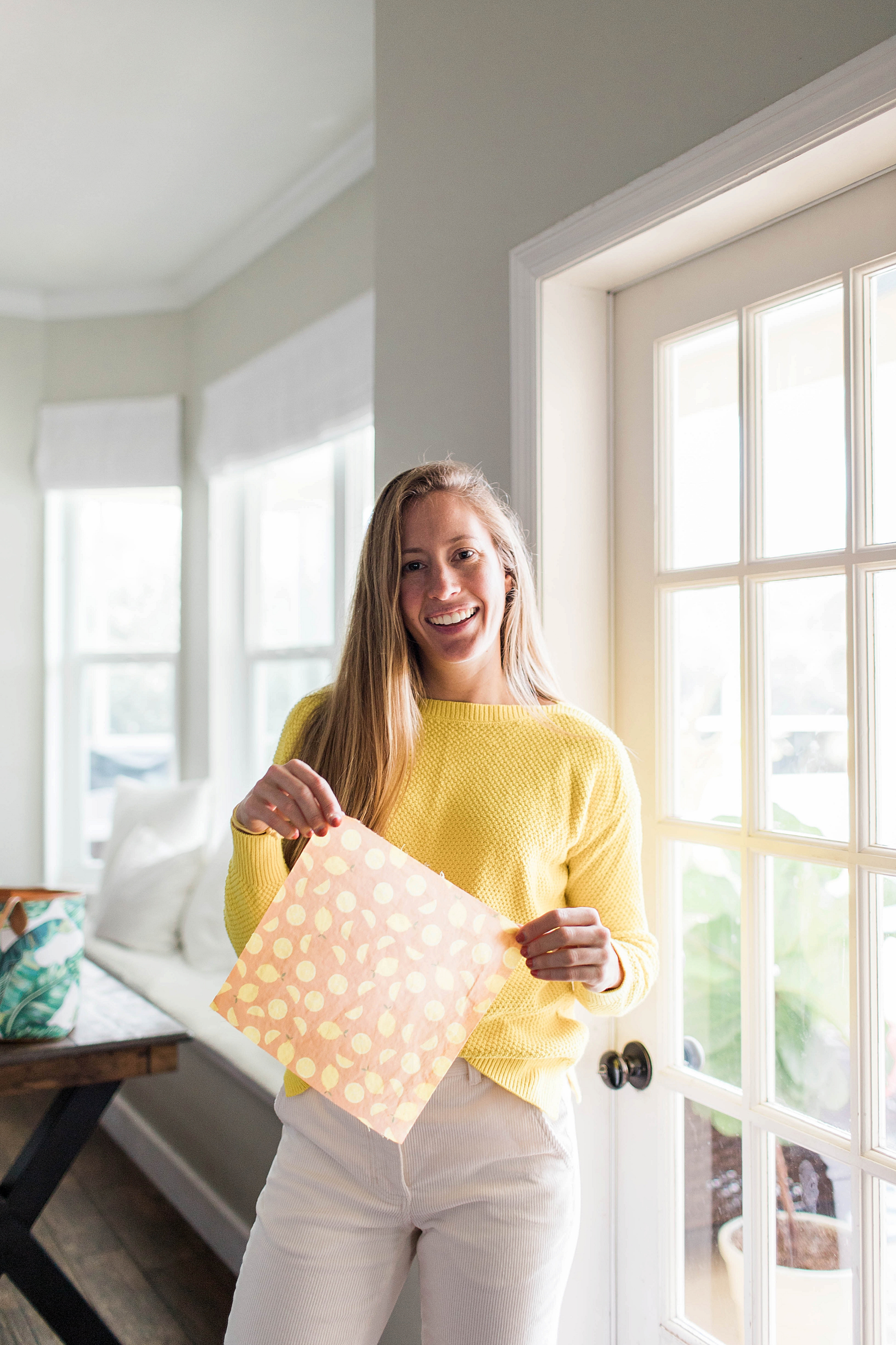 How to Make Reusable Beeswax Food Wraps / How to Make Your Own DIY Beeswax Wraps / Sustainable Living / How to Style a Yellow Sweater / How to Wear White Pants / Winter Outfit Idea - Sunshine Style, Florida Fashion and Lifestyle Blog