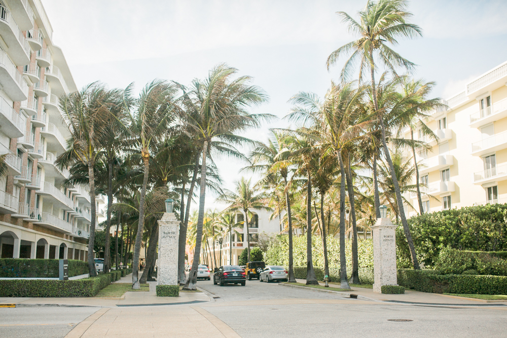 Palm Beach, Florida Snapshots / Worth Avenue Palm Beach / Royal Poinciana Plaza Palm Beach / South Florida Beach / Palm Beach Vacation Spot - Sunshine Style, Florida Fashion Blog by Katie McCarty