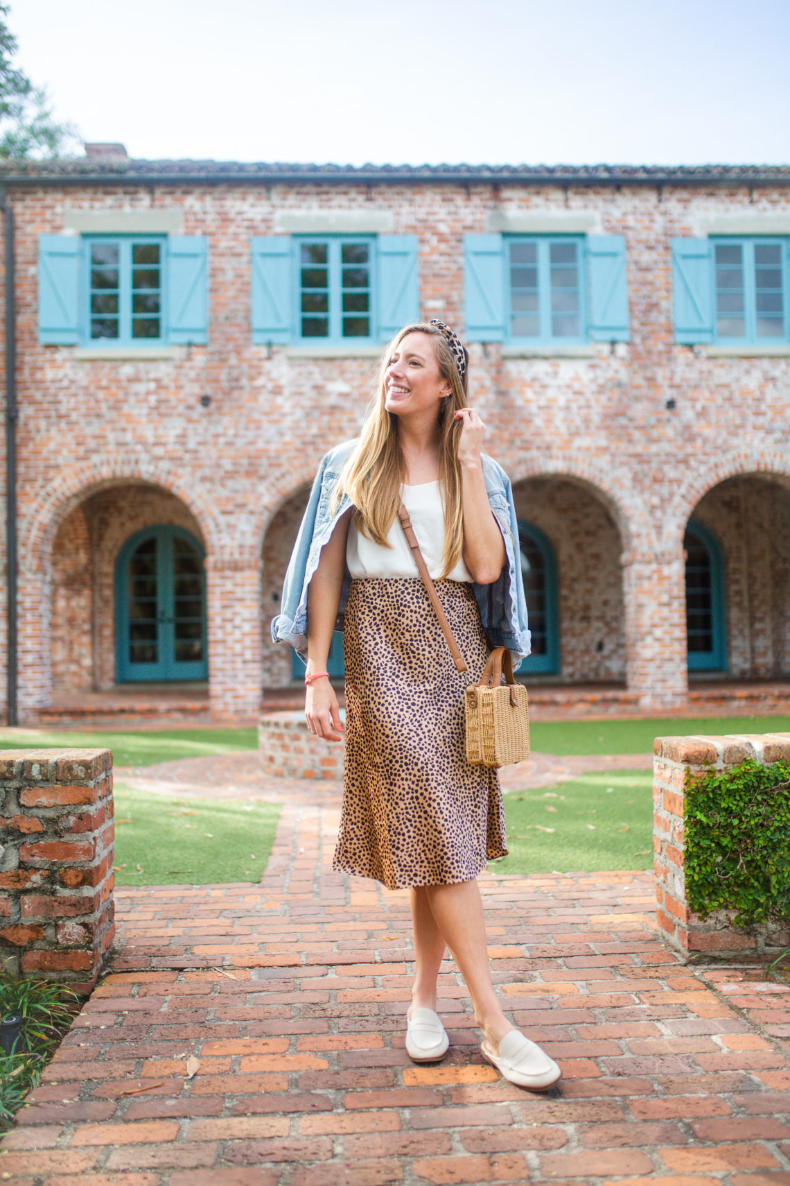 How to Style a Leopard Skirt / What to Wear for a Casual Weekend Outfit /How to Style a Leopard Skirt Casually / How to Style a Midi Skirt - Sunshine Style - A Florida based Fashion blog