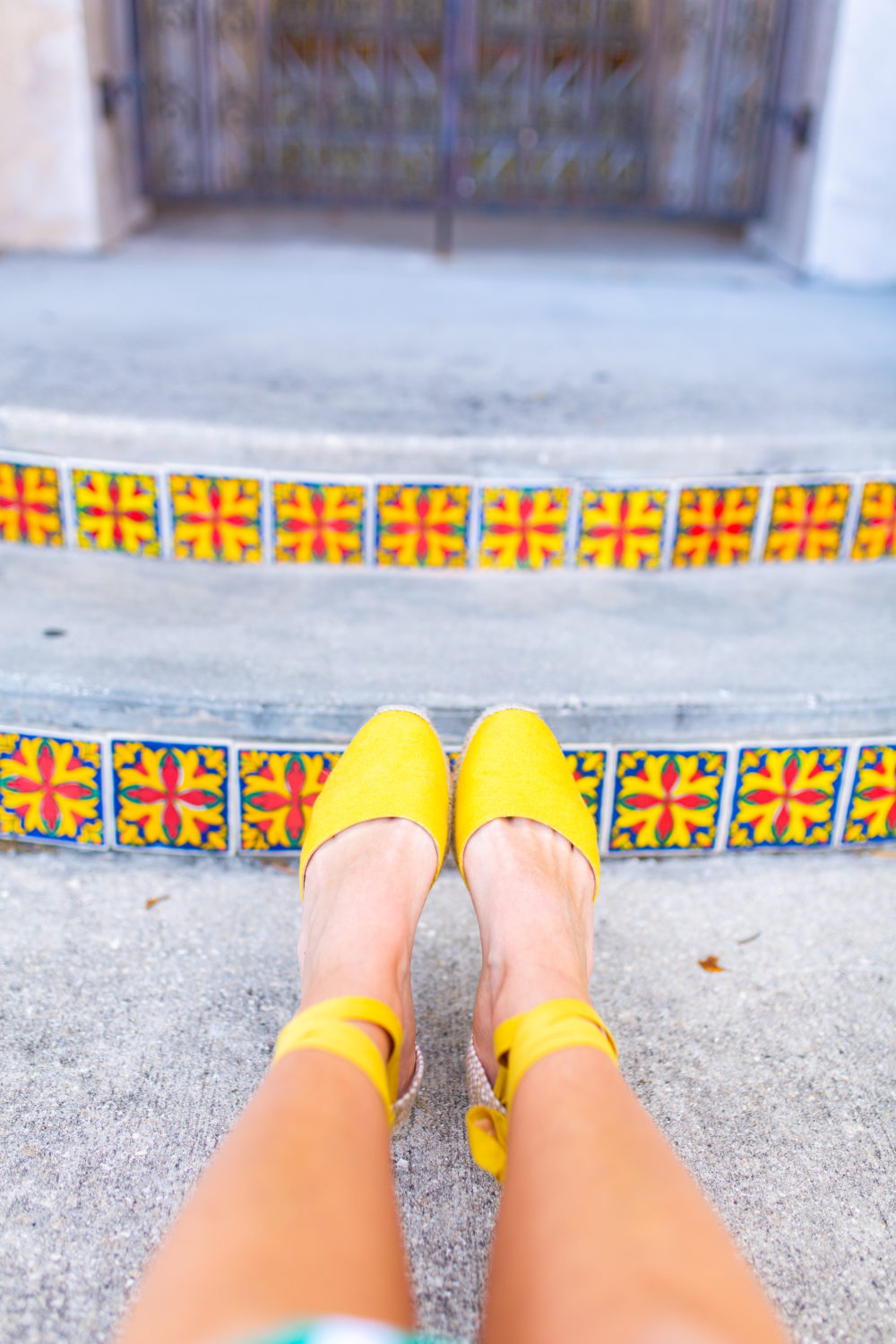 What to Wear on a Warm Weather Vacation / Cruise Outfits / Warm Vacation Outfits / Summer Vacation Outfits / Florida Vacation Outfits / Warm-Weather Escape / Casual Spring Warm weather Outfits / Espadrille Wedges- Sunshine Style, A Florida based Fashion blog by Katie