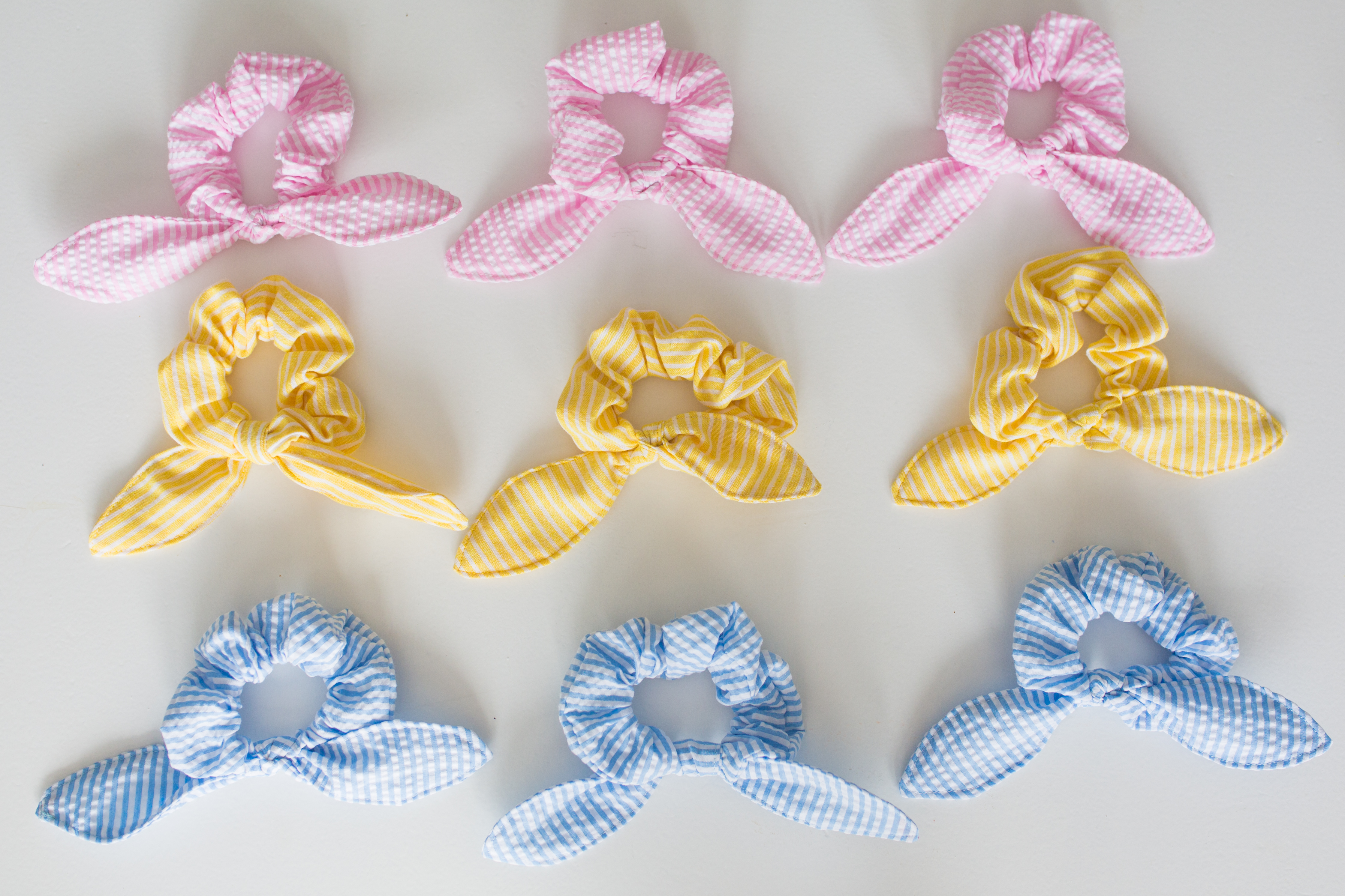 Introducing Sunshine Style Bow Hair Ties / Bow Hair Scrunchie / Hair Accessories / Coastal Style / How to Wear a Scrunchie / Handmade Srunchie - Sunshine Style, a Florida Fashion, Lifestyle and Travel Blog by Katie