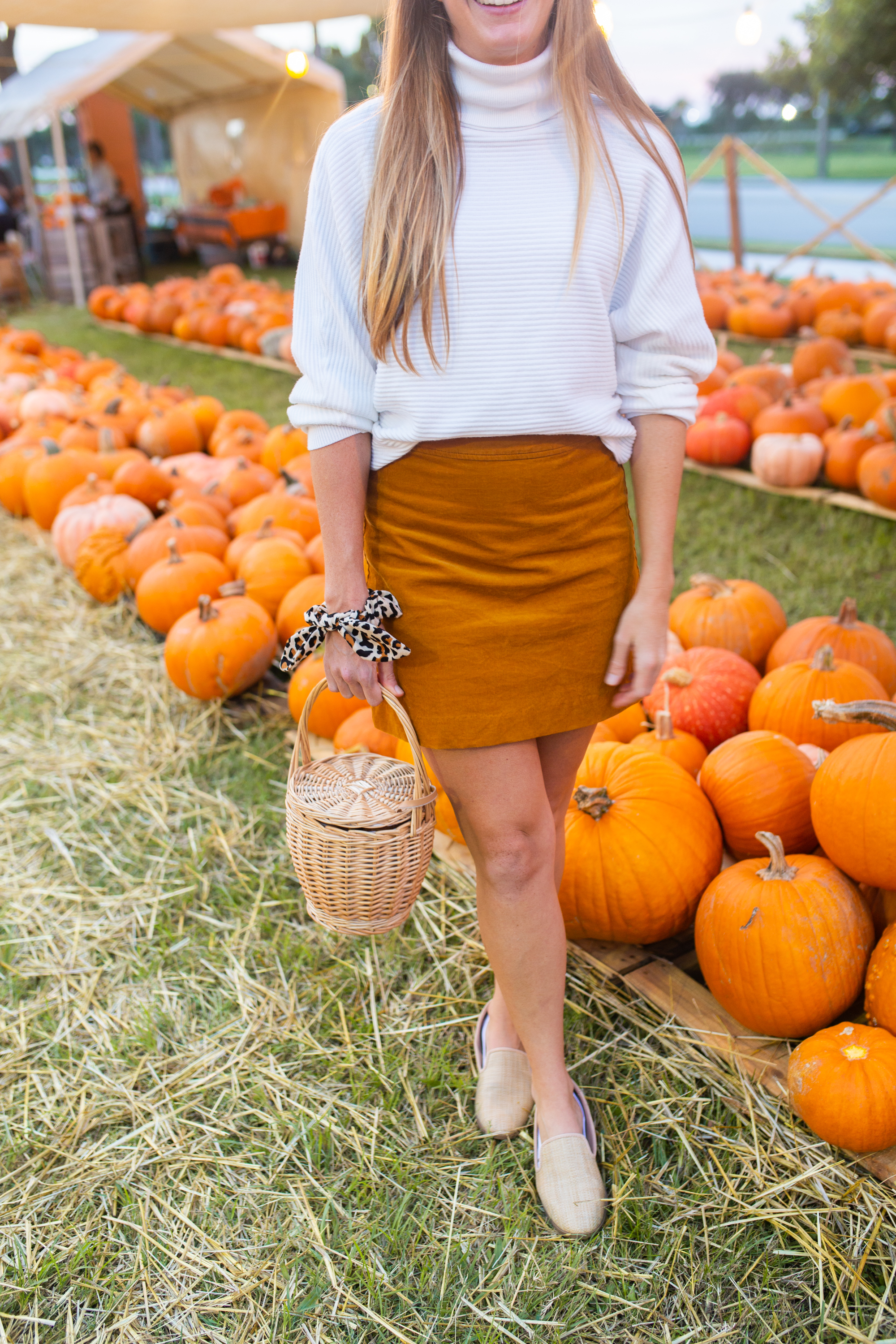 5 Simple Thanksgiving Day Outfit Ideas / Thanksgiving Day Outfits / Thanksgiving Day Outfits Dressy / Thanksgiving Day Outfits Casual / What to Wear on Thanksgiving / Fall Outfits / Fall Winter Outfits - Sunshine Style, A Florida Based Fashion and Lifestyle Blog