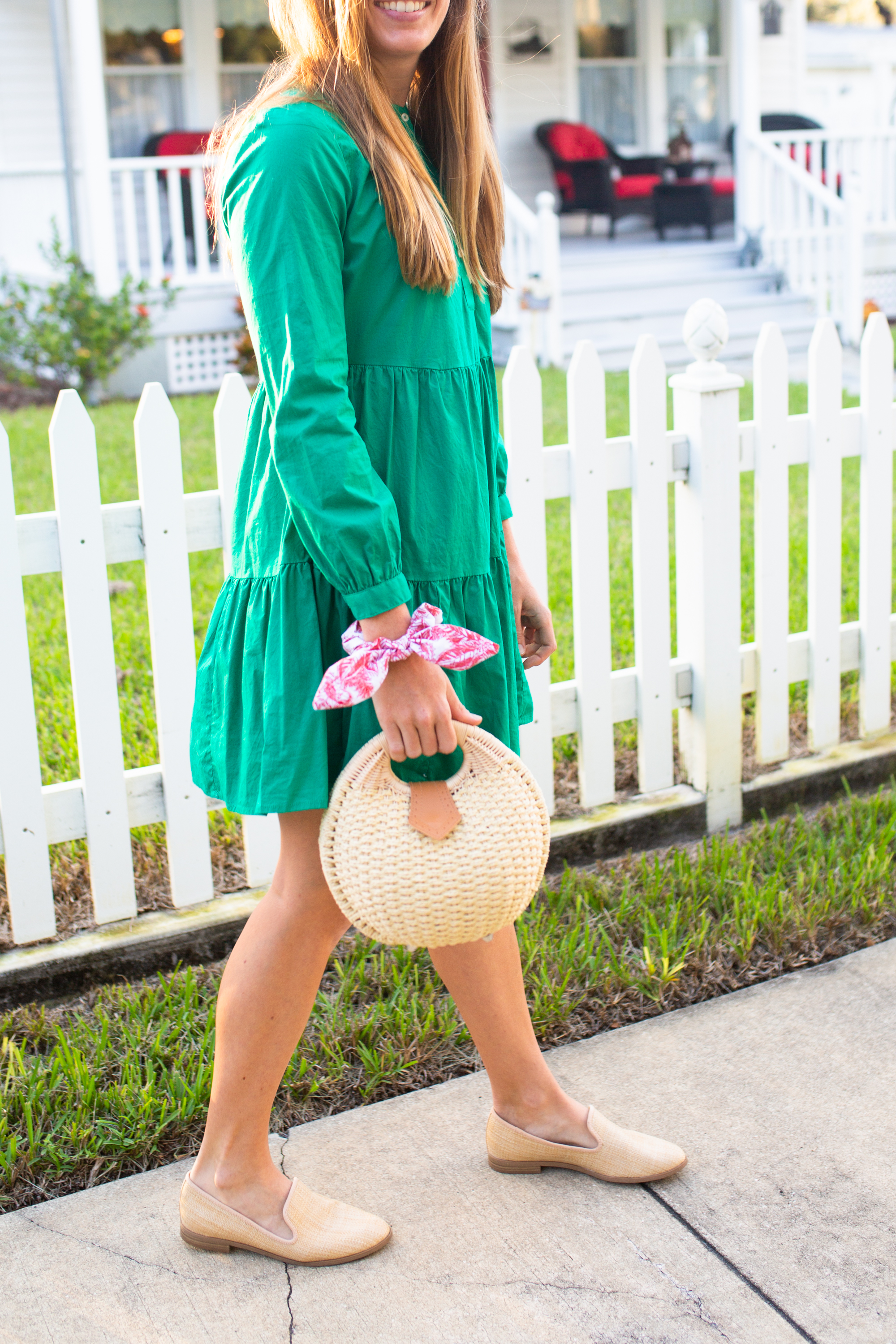 Long Sleeved Green Dresses for Winter / Winter Dress Ideas / Cold Weather Dresses / Cute Winter Dresses / Mini Dress / Winter in Florida / Straw Bag - Sunshine Style, A Florida Based Fashion and Lifestyle Blog