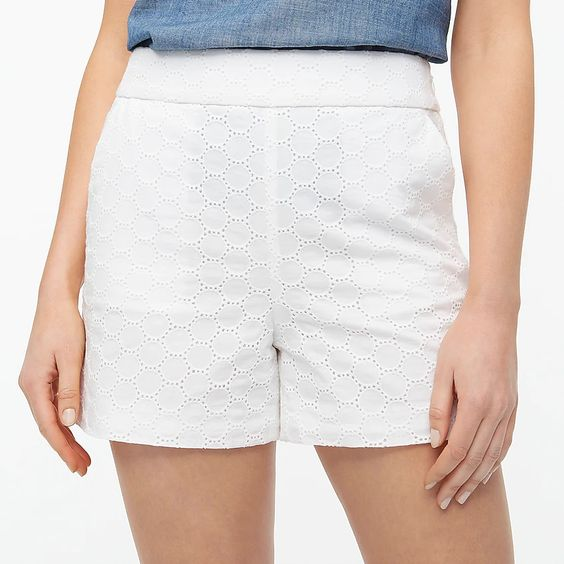 white shorts for Summer Outfit