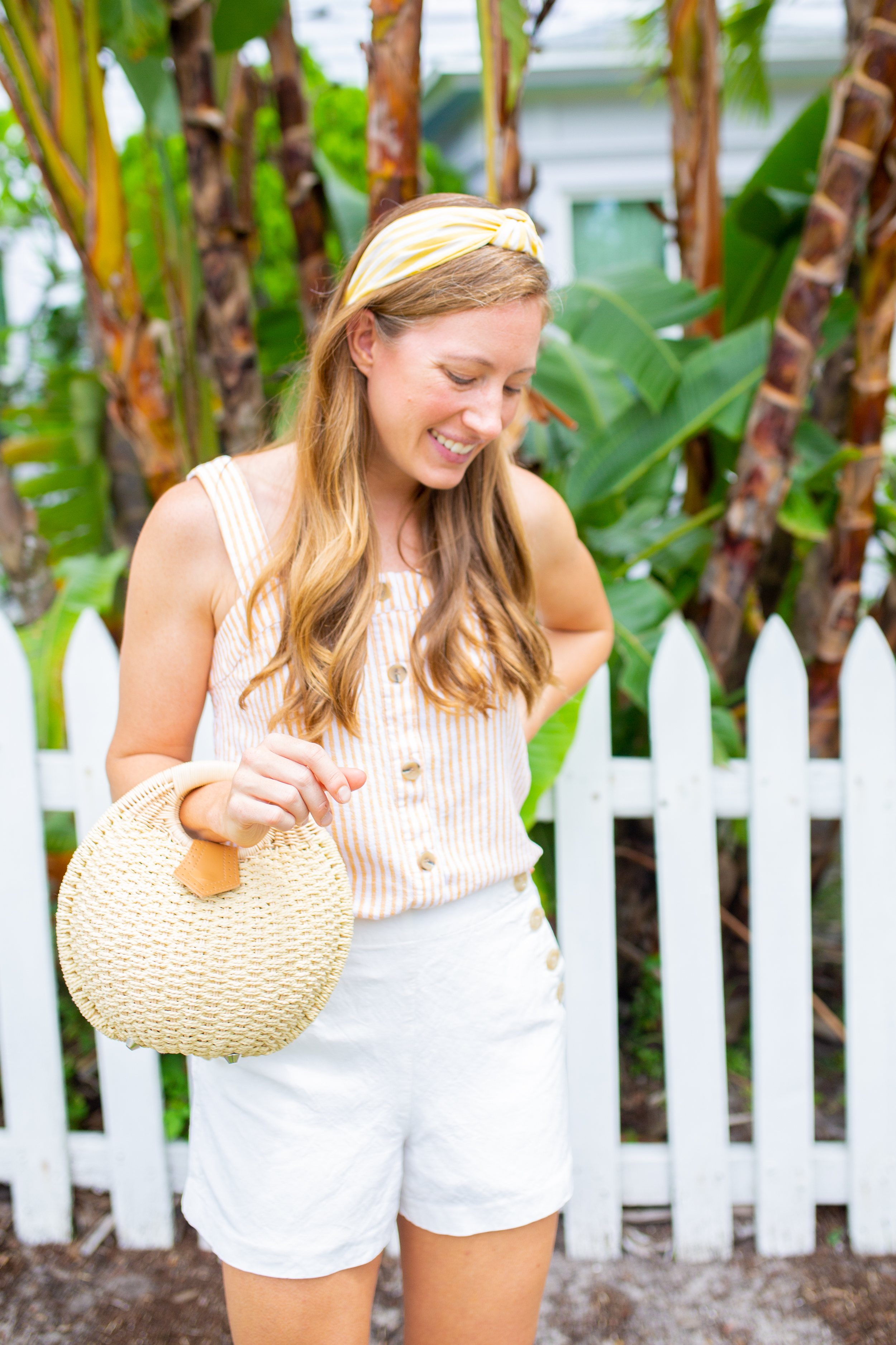 woman wearing Lightweight Tops for Summer and headband